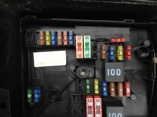 2009 Volkswagen Routan Fuse Box Location Vwvortex Com Need Help Headlight And Foglight Went Out