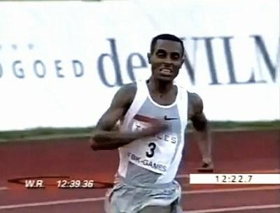 Kenenisa Bekele Record Mundial 5000 metros Hengelo 2004