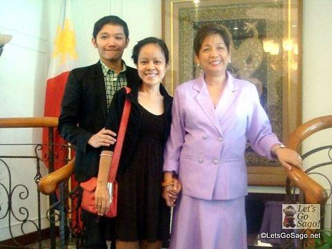 Visiting Amb. Minda Cruz, Philippine Ambassador to Singapore, one of our wedding principal sponsors
