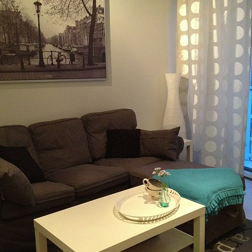 #newin #apartment #ikea #turquoise #white #interiordesign #amsterdam #helsinki #divan #sofa