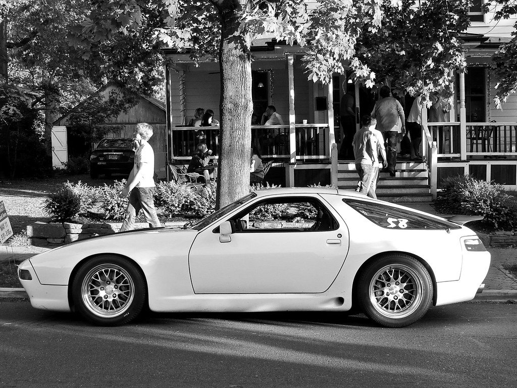 hopewell cruise night modified porsche 928 gts mind. Black Bedroom Furniture Sets. Home Design Ideas
