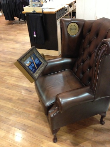 Dave Chair Tablet