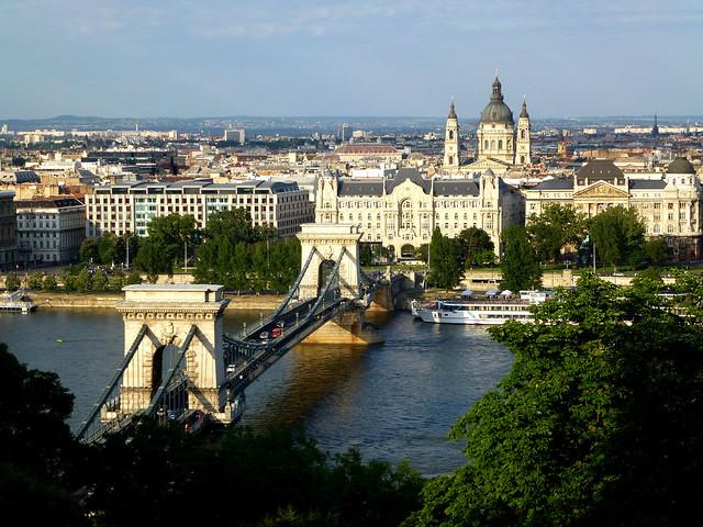 Budapest - jour 1 - 60 - Széchenyi Lánchíd (Pont des Chaînes)