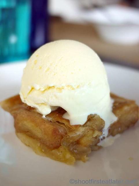 milopita (apple pastry) P180