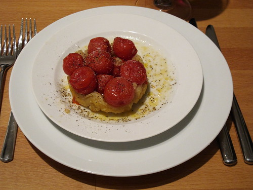 Mini-Cocottes-Menu-Vorspeise: Kirschtomaten-Tatin