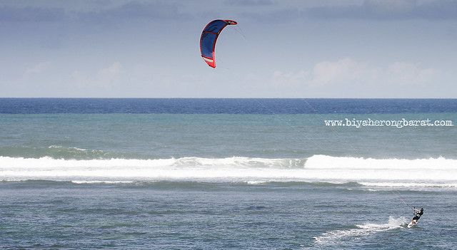 Kiteboarding in Kingfisher Resort Pagudpud Ilocos Norte