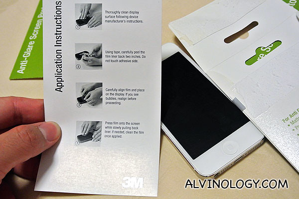 Clear, precise instructions on sticking on the screen protecter
