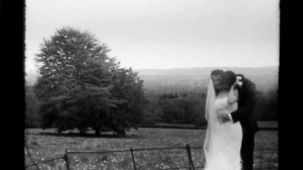 Super 8 Wedding Film TRI X Super 8 Neck Kiss