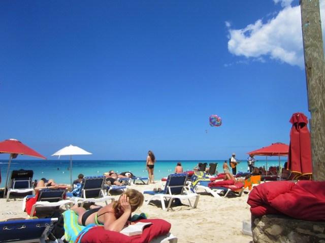 Pon de beach