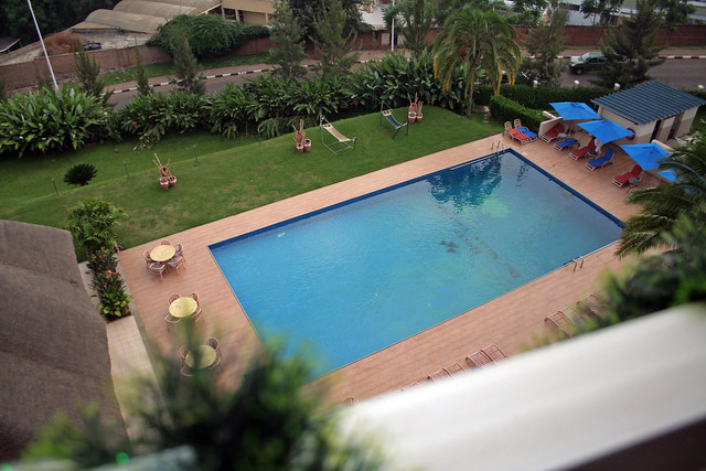 pool at Milles Collines