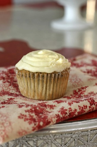 Earl Grey Cupcake with Lemon cream cheese frosting