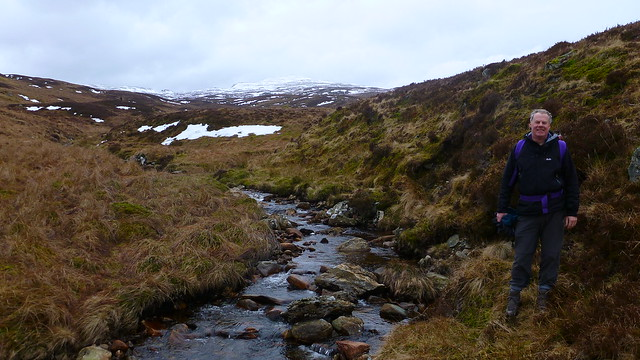 Luib Burn, Coire nam Meann