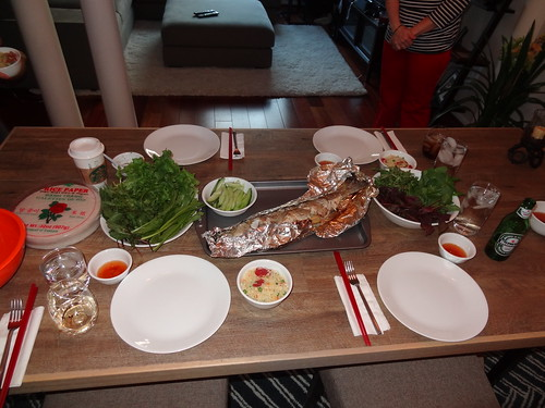Grilled fish and rice paper rolls
