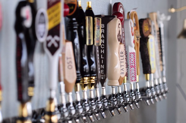 Big Hops Growler Station Taps