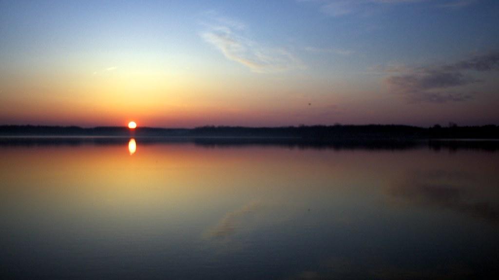 Cold sunrise over lake