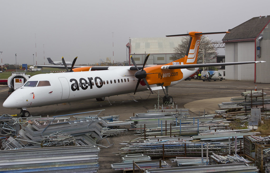 Aero - Dash 8-Q400 - 5N-BPU (copyright FlyingAnts)