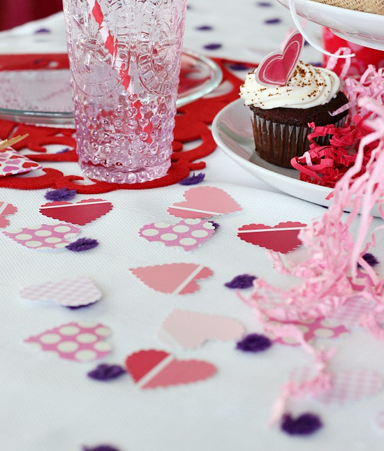 http://hisugarplum.blogspot.ca/2013/02/valentine-sweetheart-table.html