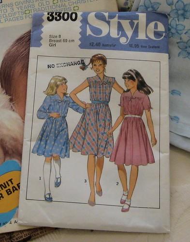 Style 3300 copyright 1981
