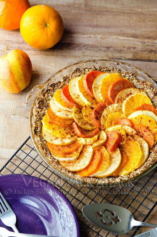 A simple, sweet, and healthy Back to Basics Fruit Pie that's a decilious, guilt-free dessert!