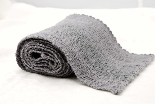 Henry scarf