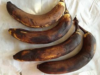 Black Bananas for Cake