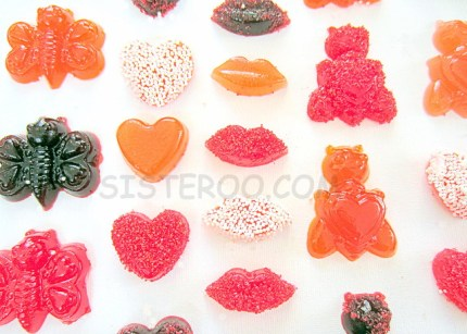 HOMEMADE VALENTINE'S GUMMY CANDY