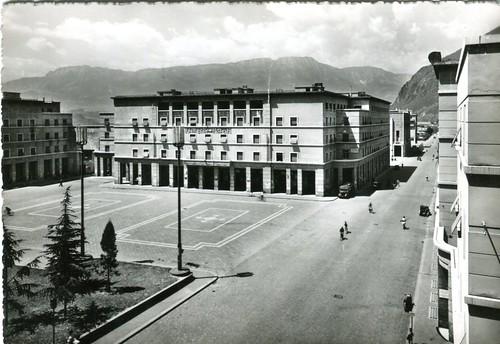 postcard - bolzano - corso libertà - piazza vittoria