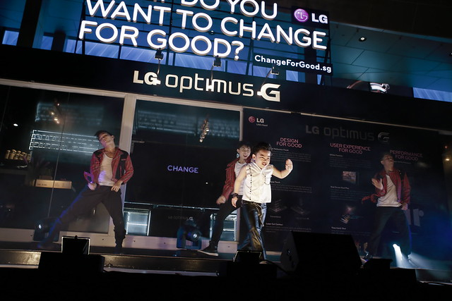 Little Psy performing Big Bang's Fantastic Baby at the opening of LG's G-Café