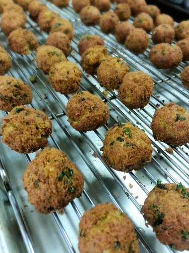 deep fried falafel by pipsyq