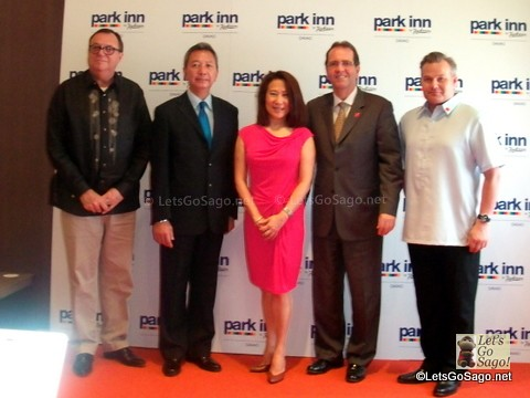 SM Hotels Group & Park Inn's Simon Barlow (2nd from right)