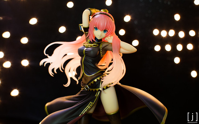 Megurine Luka: Tony Ver. - Front Upper View