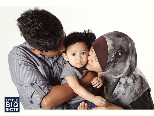 Loving Muazzah | Family Studio Portraiture