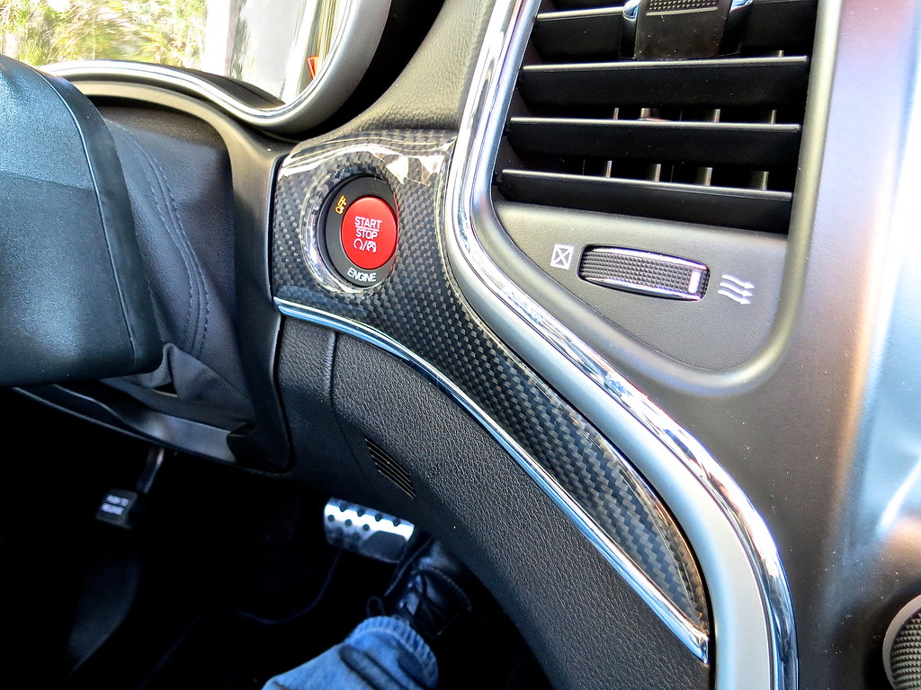 2014 Jeep Grand Cherokee SRT-8 red starter button and carbon fiber trim