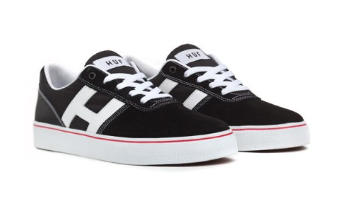 HUF_Choice_Black_Red_White_Pair
