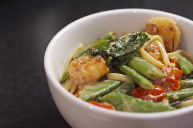 garlic and prawns pasta