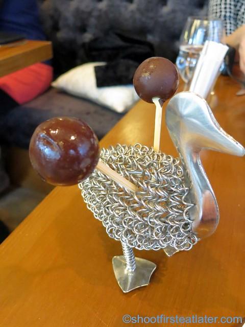 chocolate ice cream lollipop HK$25