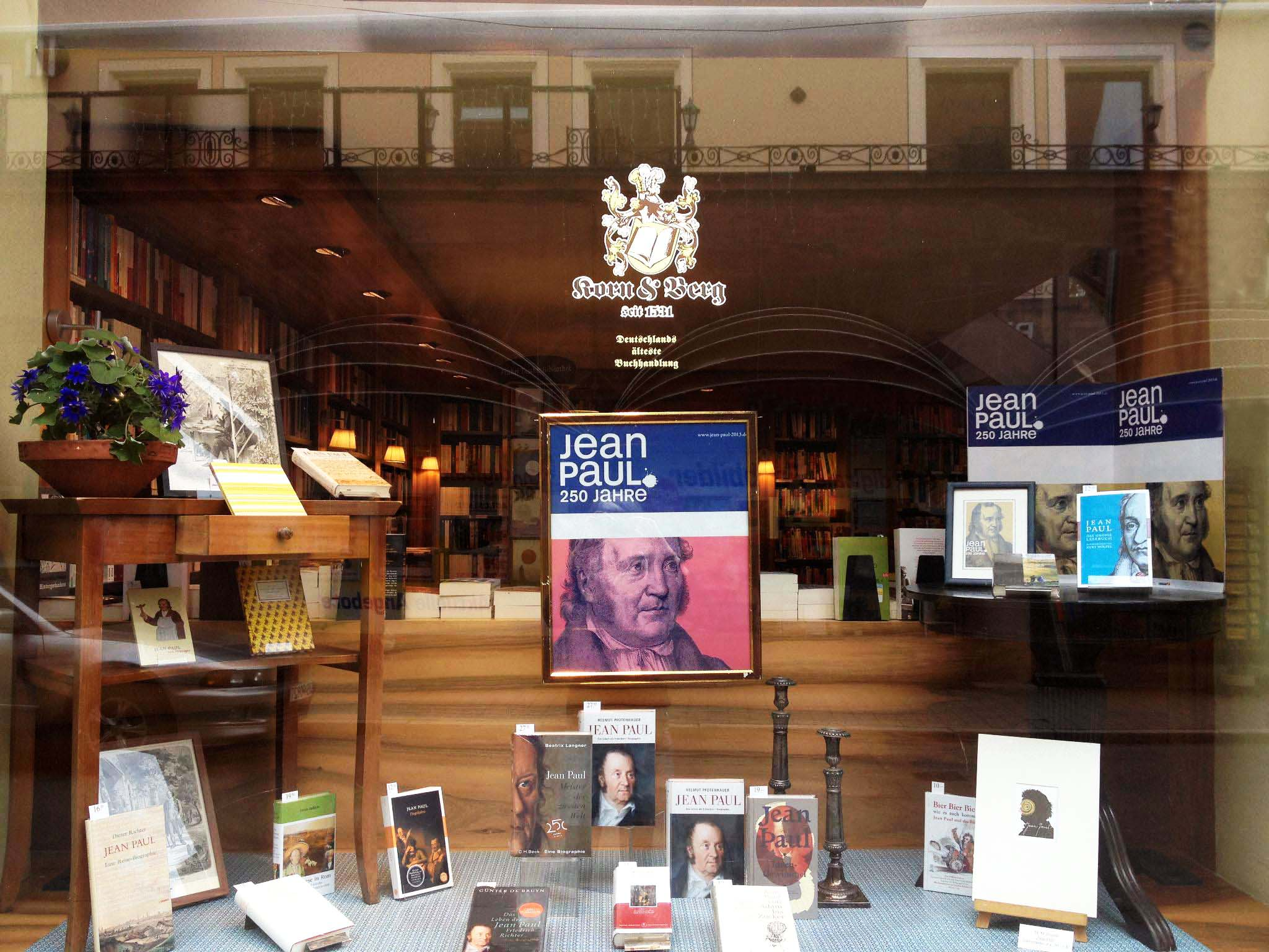 Jean-Paul-Schaufenster in Deutschlands ältester Buchhandlung Korn & Berg, Hauptmarkt Nürnberg, März 2013