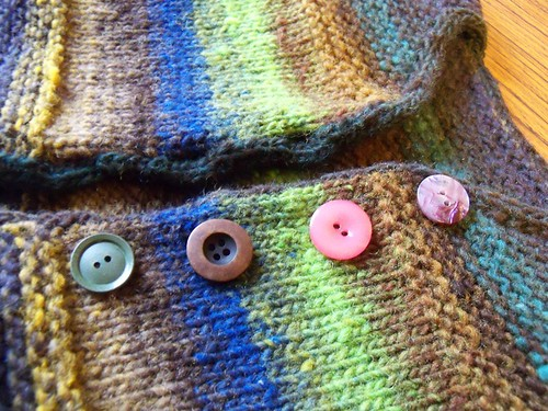 noro baby buttons