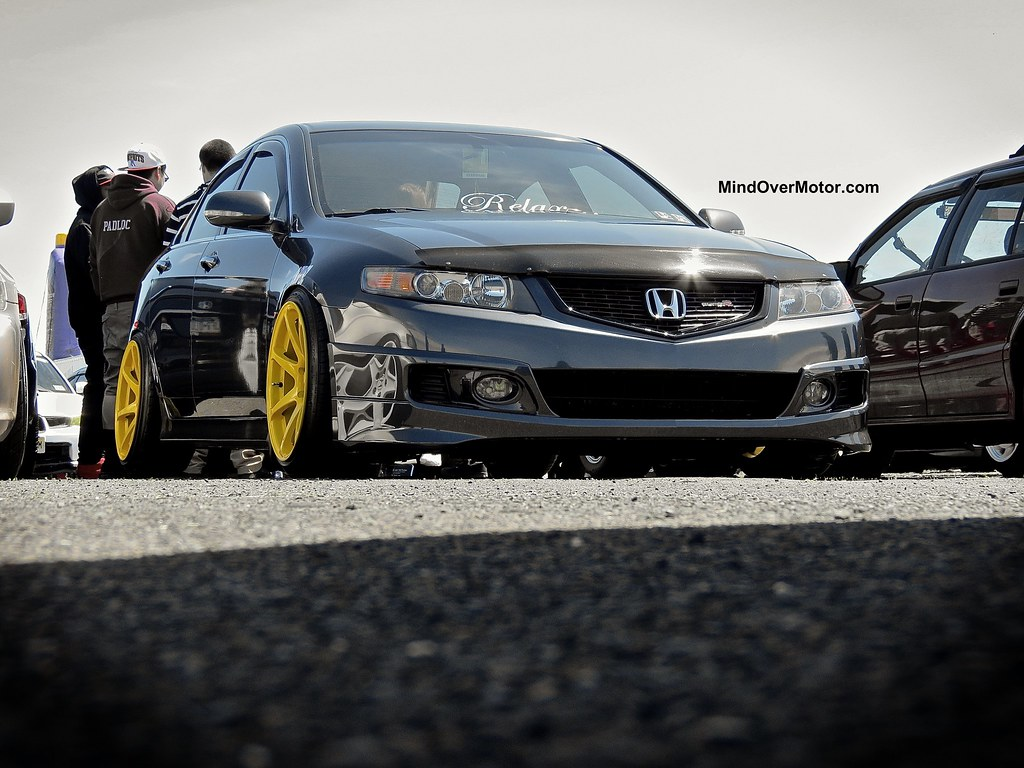 Slammed Acura TSX at the Tristate Tuners Spring Meet