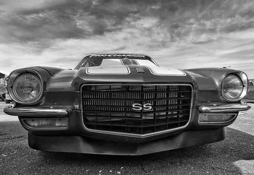 Drag Racing Camaro SS