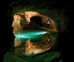 Cave_Experience_-_Jenolan_Caves_NSW