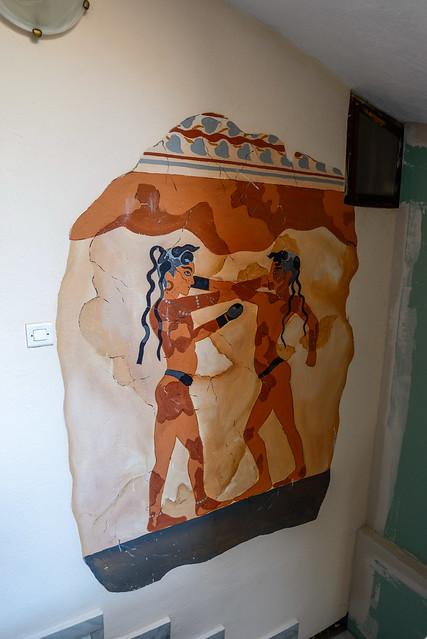 【仿打拳少年壁畫】San Giorgio Villas in Fira, Santorini, Greece.