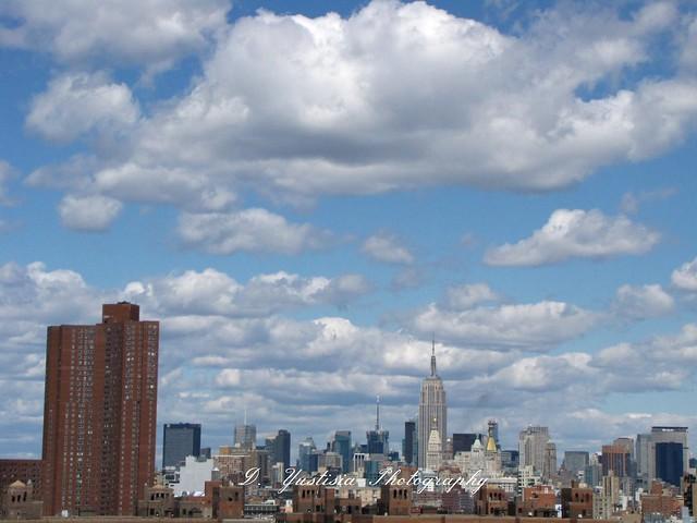 Downtown Manhattan shot from Brooklyn Bridge