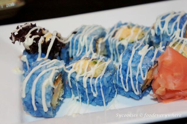 11.aoyama -Blue Flower Maki (1)