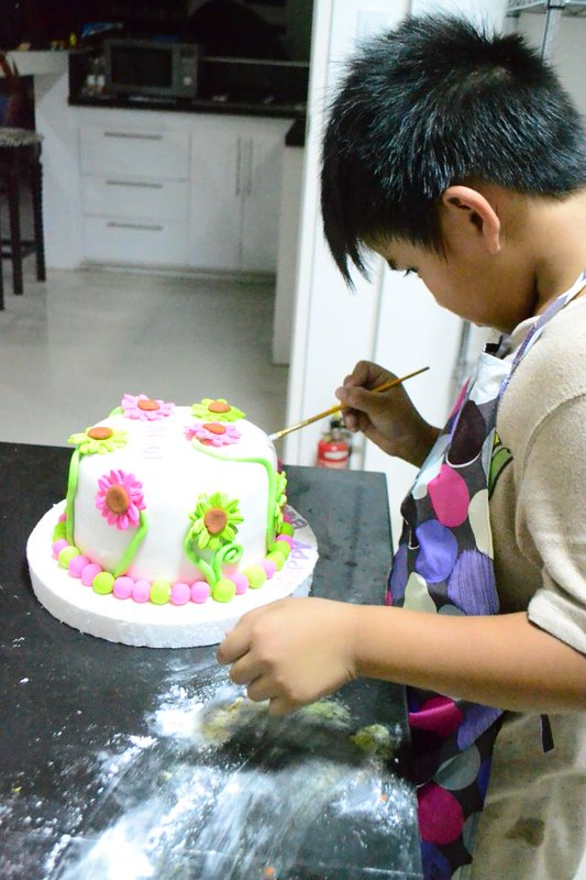 Ava's Cakes and Partyshop 12