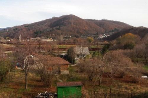 Russian farm houses outside the town of Головинка (Golovinka)