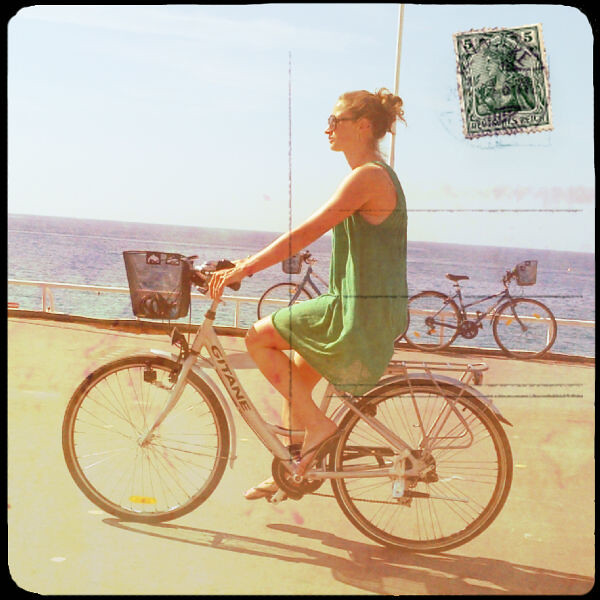 Joni from Amsterdam Cycle Chic in Nice