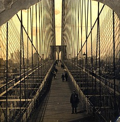 Looking across Brooklyn Bridge to New York, N.Y. circa 1903
