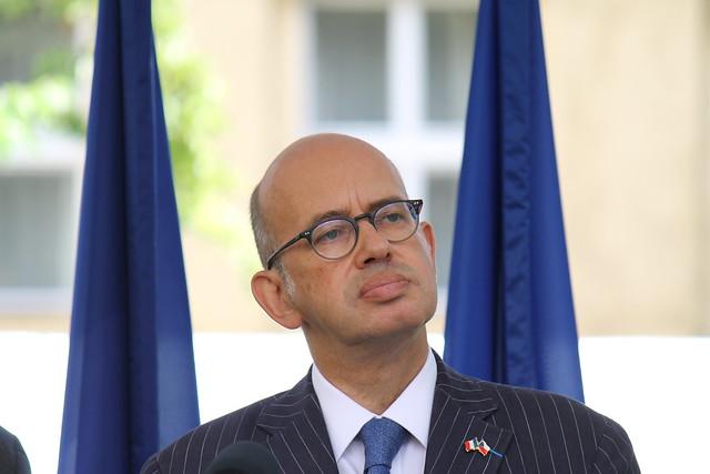 Pierre Lévy, Ambassadeur de France à Prague.