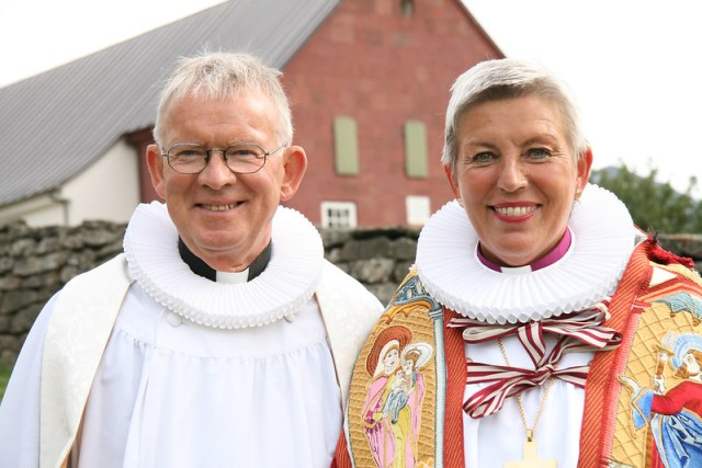 Biskupsvígsla á Hólum 2012